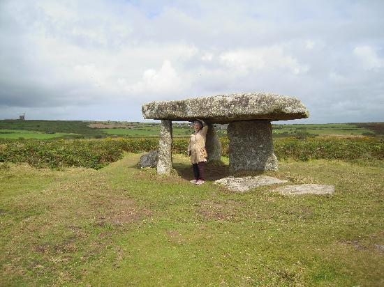Western Discoveries Day Tours: Under the heritage