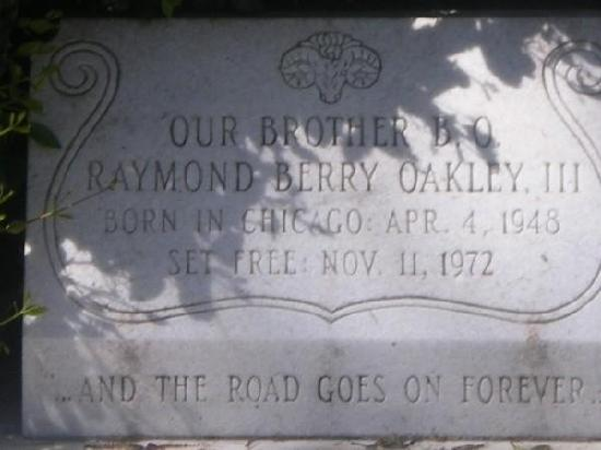 Rose Hill Cemetery: Up close pictures of Berry