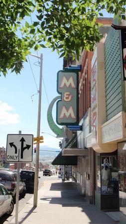 M&M Cigar Store: Outside