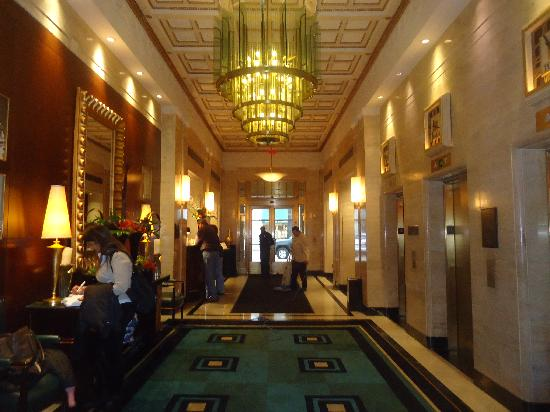 Sofitel Washington DC: Check in