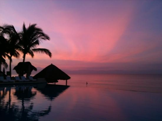 Bel Air Collection Resort & Spa Vallarta: Dawn