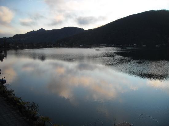 Tresa Bay Hotel : Vista lago al mattino