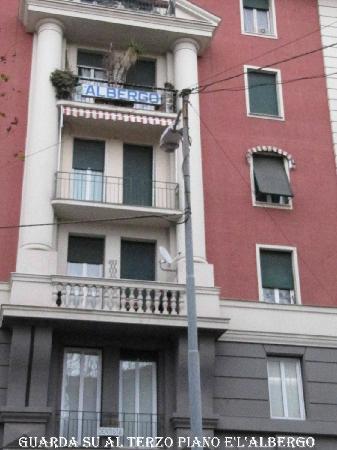 Hotel Massena: albergo massena insegna