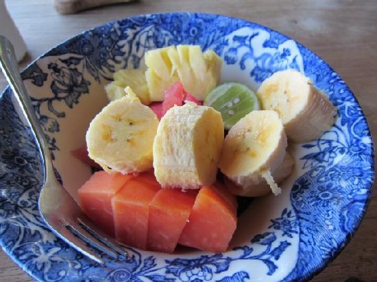 Bayu Cottages Hotel and Restaurant: Fruits Salad