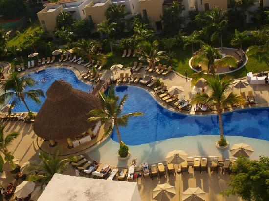 Marival Residences Luxury Resort Nuevo Vallarta: Pool area from the rooftop