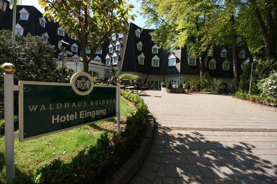 ヴァルトハウス ラインベック ホテル