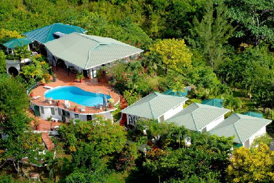Arnos Vale, โตเบโก: Aerial View, Top O' Tobago