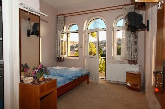 Yuksel Hotel: iyi bir oda