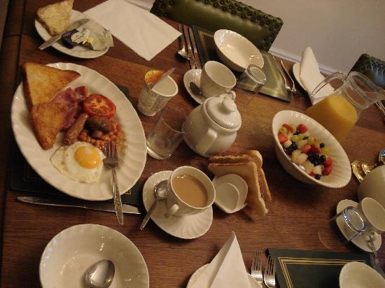Garston Cottage: Breakfast