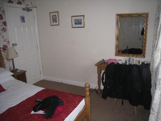 Seacliffe Hotel: Refurbished sea view room
