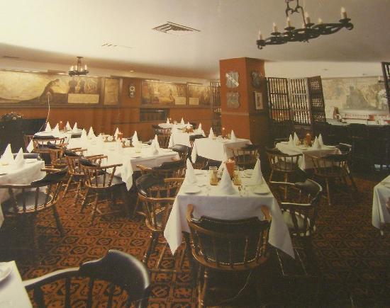Tap Room - Hotel Bethlehem: Renovated Original Tap Room in LL