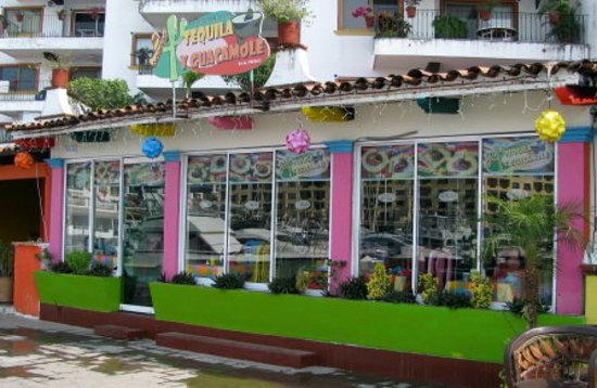 TEQUILA Y GUACAMOLE