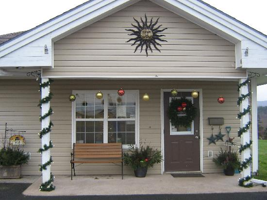 نزل أنتيجونيش إيفرجرين: Christmas at the Inn
