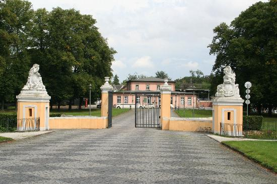 Schloss in Brühl: Entry Gate facing train station (where food may be found) and parking lot