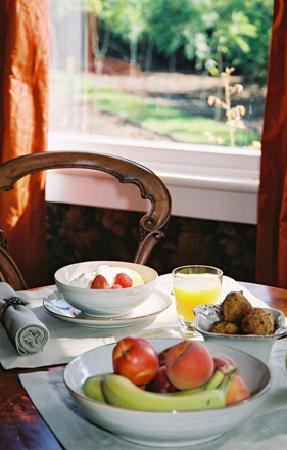 Anglesea House Bed & Breakfast: Breakfast at Anglesea House