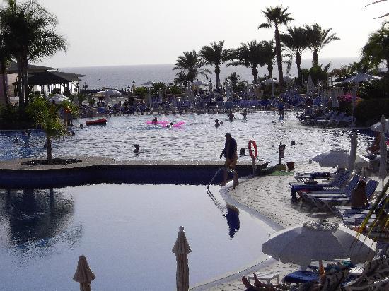 Bahia Principe Costa Adeje: pools