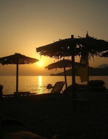 Batida de Coco: sunset from the beach bar
