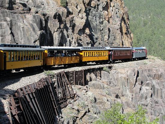 Durango and Silverton Narrow Gauge Railroad and Museum: Breath taking.....