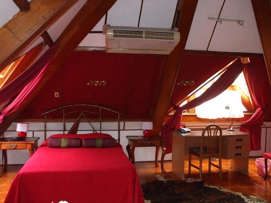 Hotel La Pyramide: ER