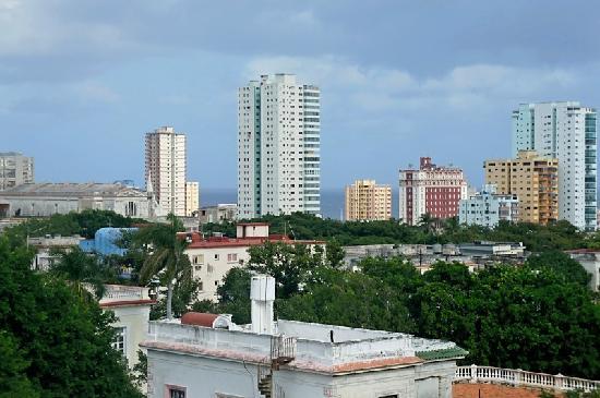 Hotel Sercotel Paseo Habana: View from Room
