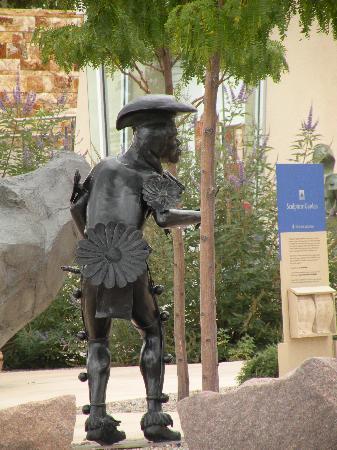 Albuquerque Museum: native dancer