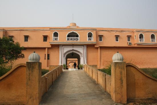 Bulandshahr, India: Entrance