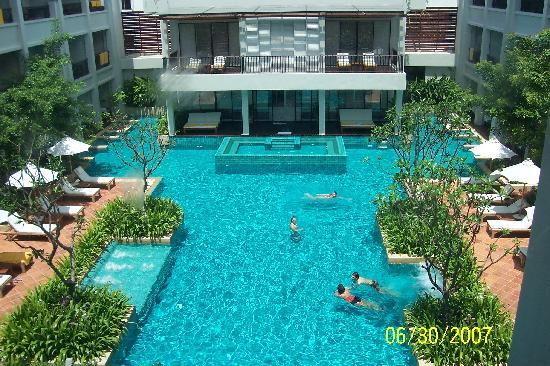 Banthai Beach Resort Spa Pool C