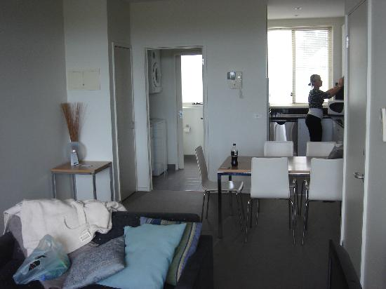 Lady Bay Resort: kitchen/lounge