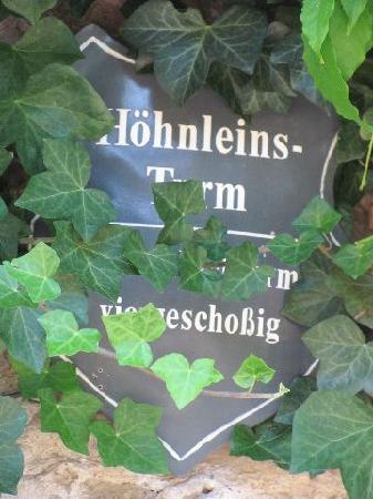 Hohnleinsturm: plaque
