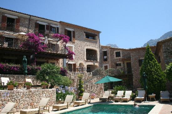 Hotel Apartament Sa Tanqueta: Der Pool