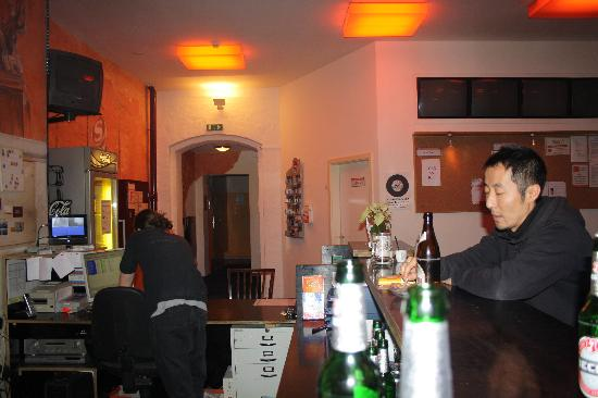 baxpax Kreuzberg Hostel Berlin: Bar