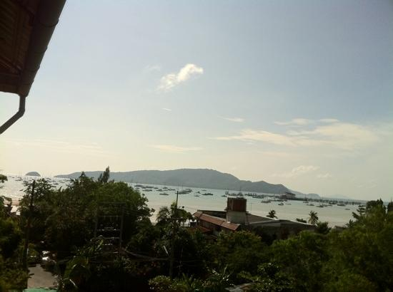 Ao Chalong Villa & Spa: Chalong bay view from level 4