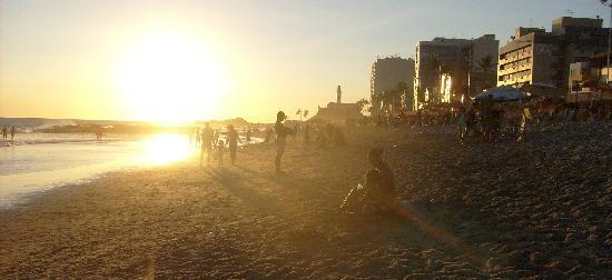 Praia do Porto da Barra : atardecer em porto da barra