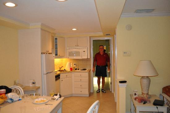 Inn at the Beach: toward kitchen