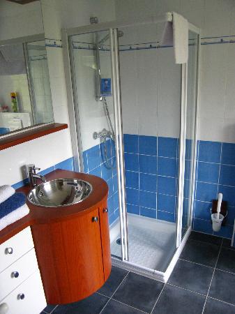 """Le Clos Saint Aubin : Badezimmer des """"Bateau"""""""