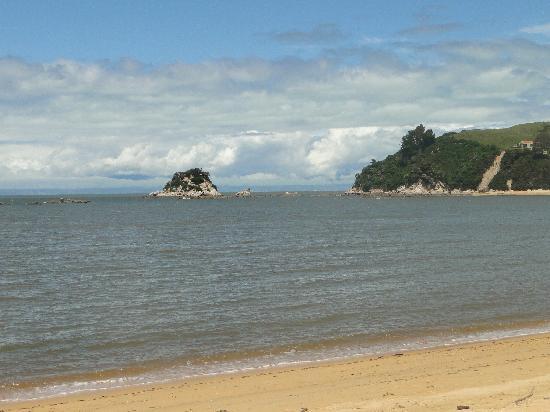 Kaiteriteri Beach: View all over the bay