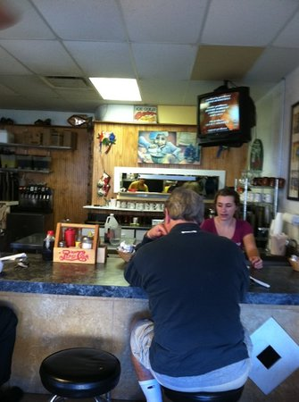 Mike's Galley : counter service available