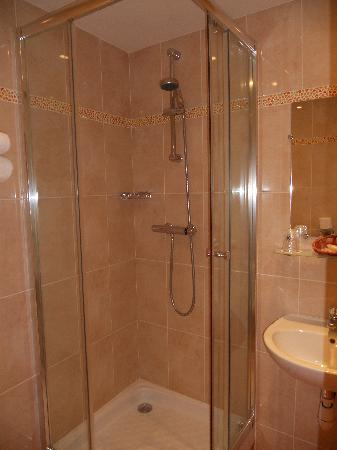 Meridional Hotel: Shower