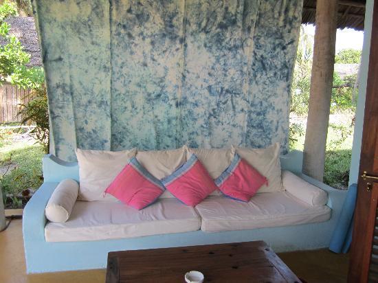 Butiama Beach: on the porch