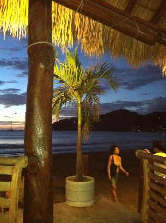 El Timon : Sunset view from our dinner table