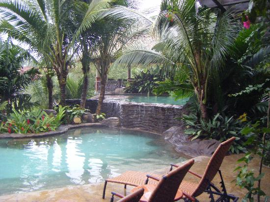 The Springs Resort and Spa: Heated pool at the Springs