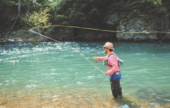 Fort Lewis Lodge: Flyfishing for trout