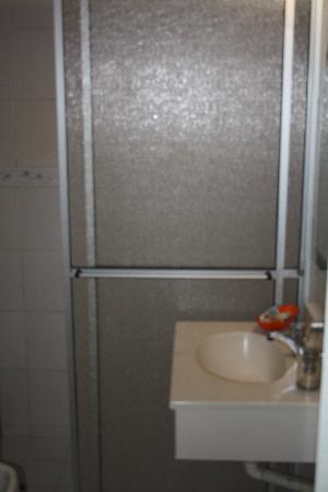 Hotel Palmas Del Sol: Restroom / Baño