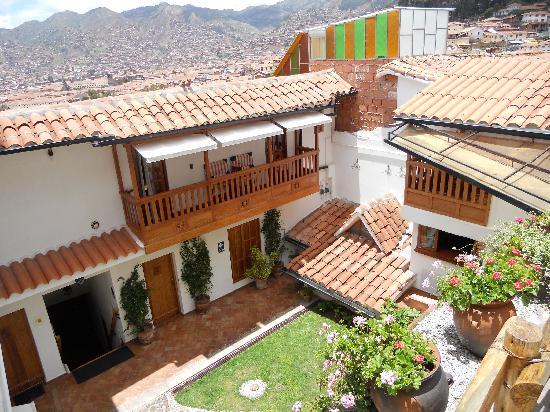 Quinua Villa Boutique: Courtyard
