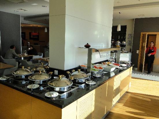 Ibis Bursa - buffet breakfast