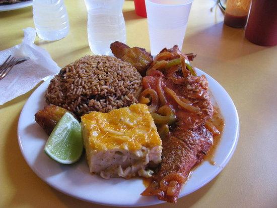 The Love Shack Freeport Restaurant Reviews Amp Photos
