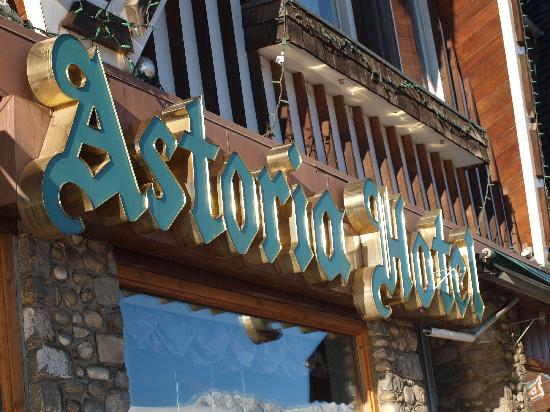 Astoria Hotel: This image is synonymous with Jasper...