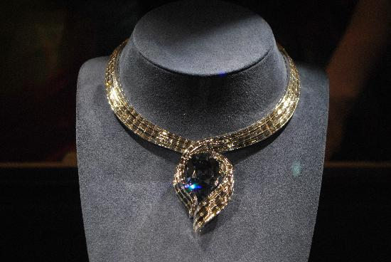 Smithsonian Institution Buidling: Hope Diamond