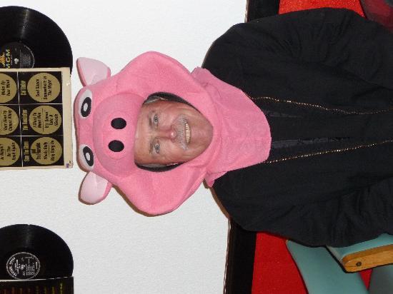 The Singing Pig BBQ Restaurant : Oops....a little sideways