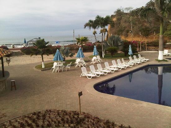 Hotel Baja Montanita: pool area